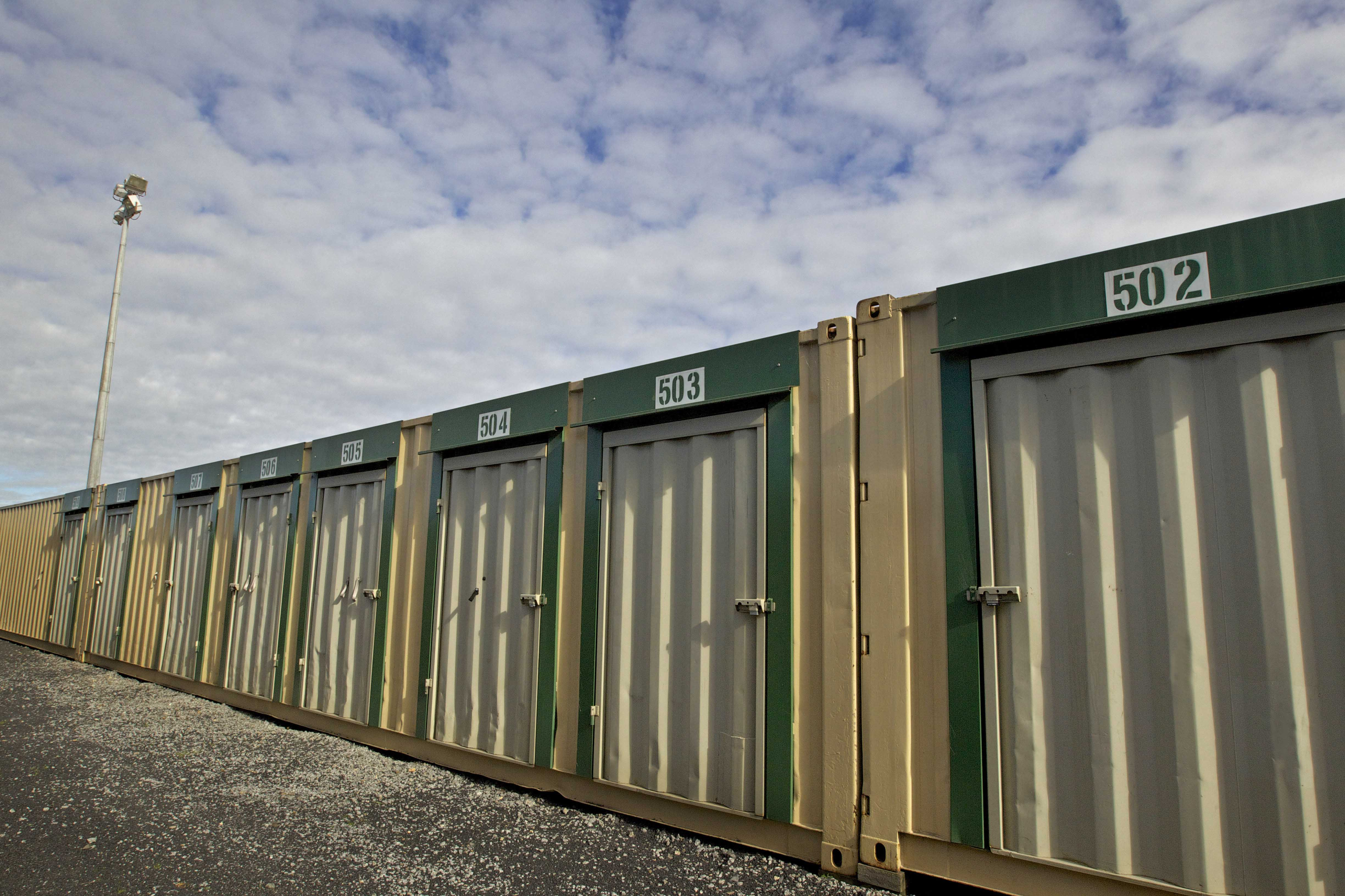 Dandenong self storage units